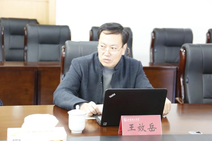 山东理工大学教务处副处长郑兆青介绍情况